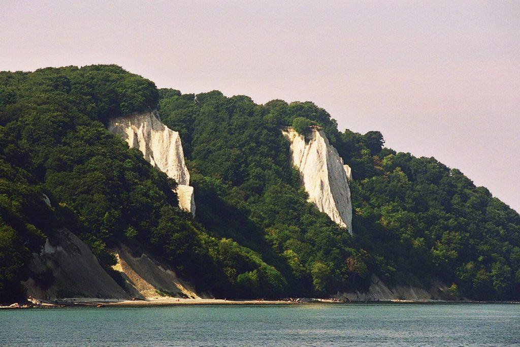 die-beruehmten-kreidefelsen-im-nationalpark-jasmund